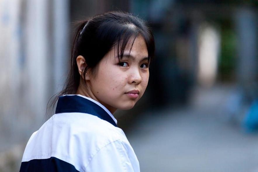 Estudo global sobre assédio revela que denúncias de meninas são muitas vezes ignoradas pelas autoridades